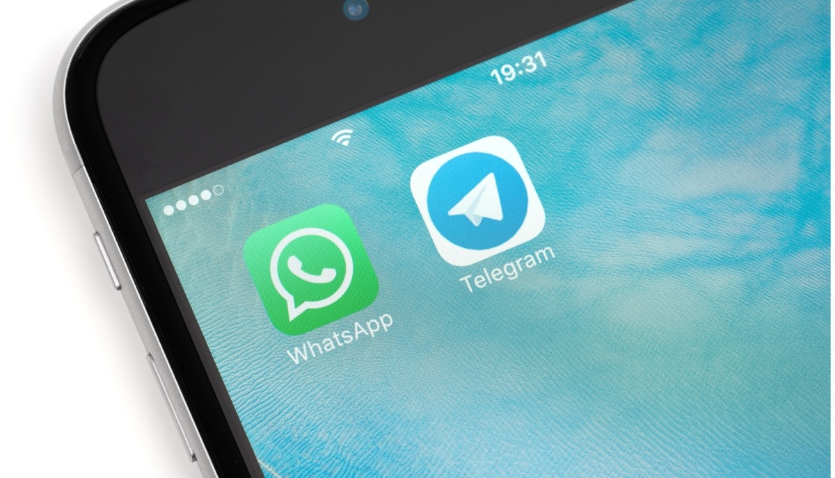 Hackers Can Change Media Files We Recieve Via Whatsapp Or Telegram